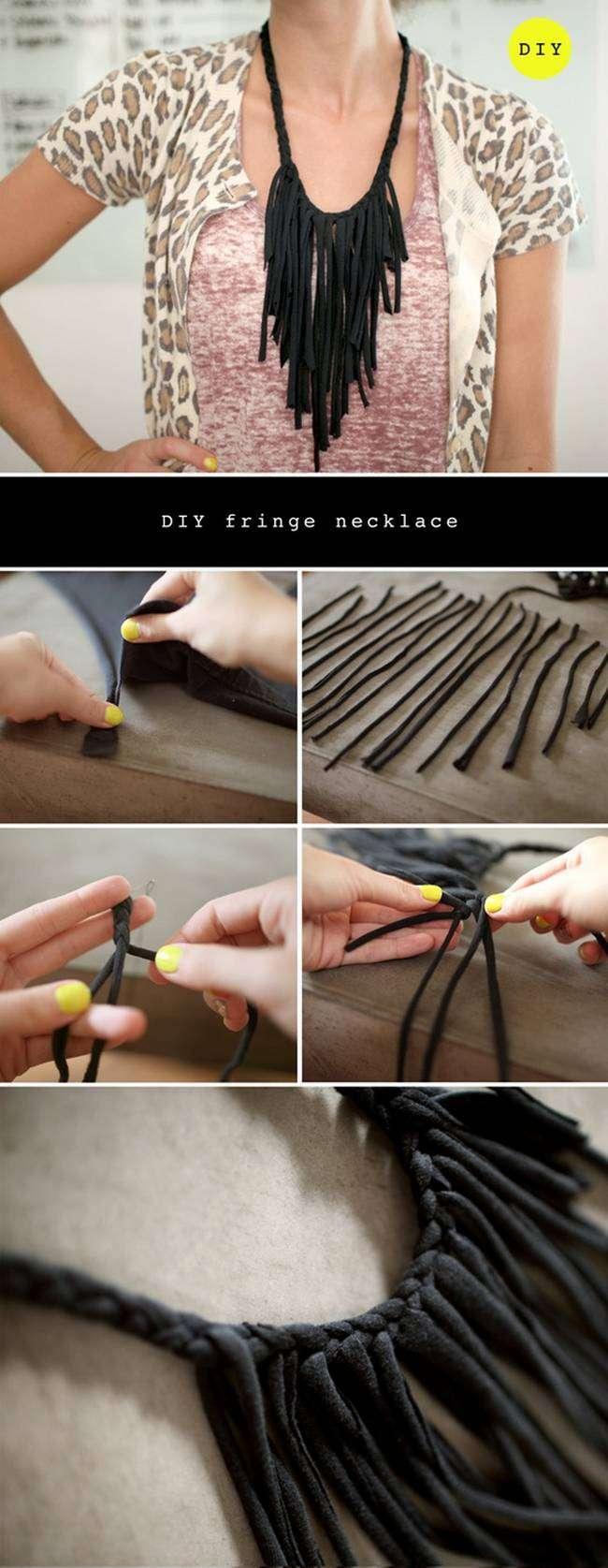 Knit necklace suede